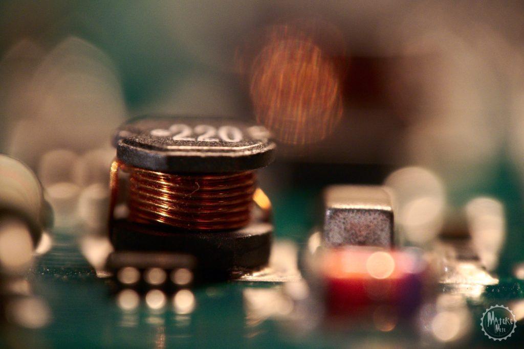 DMC-G70 + LUMIX G VARIO 14-140 * Raynox 250 | 140 mm | CF 2 | f6.3 | 1/2 s | ISO 1600